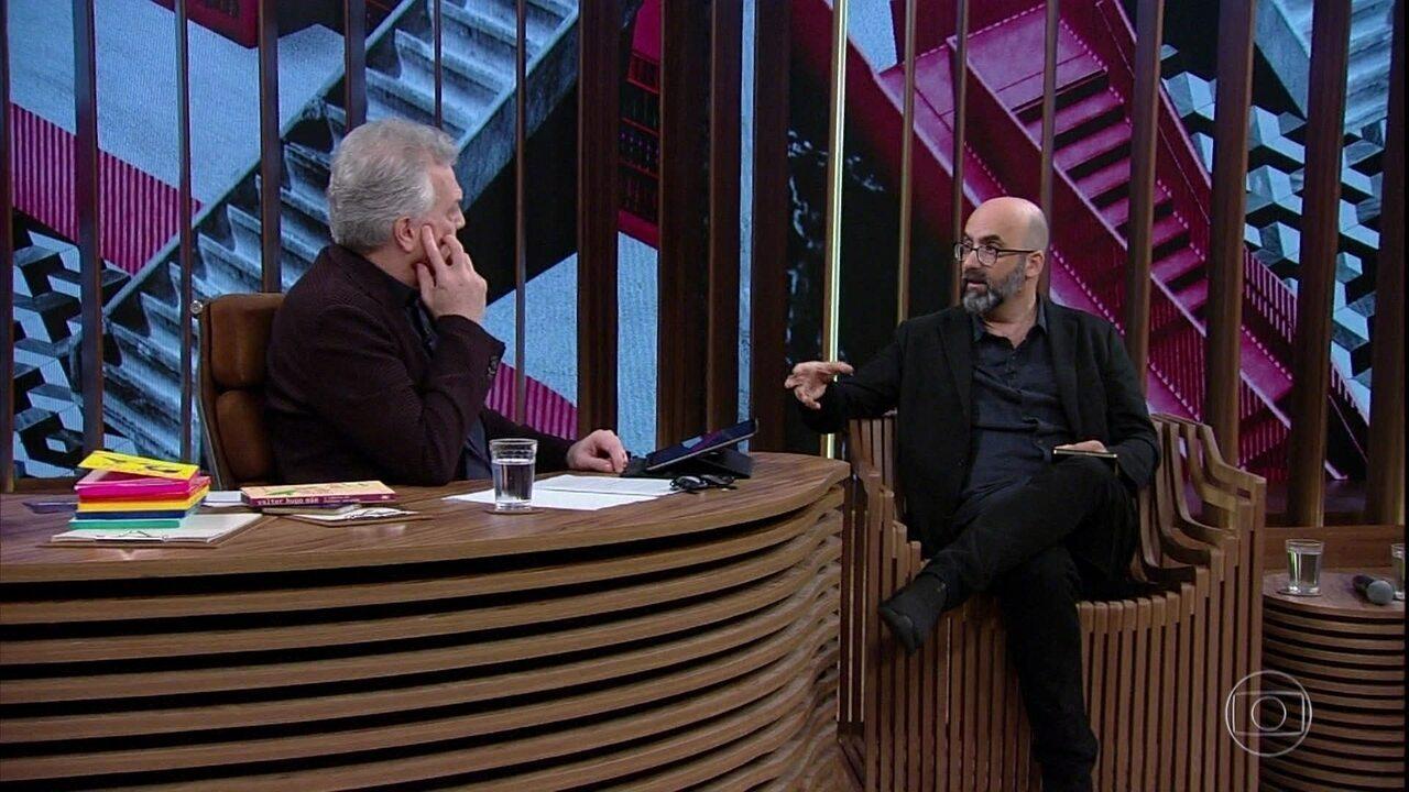 Valter Hugo Mãe fala sobre o uso de letras minúsculas em suas obras