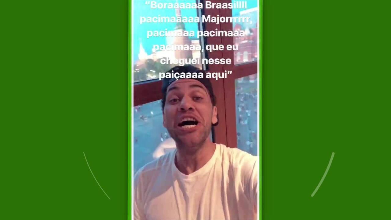 Daniel Alves chega na Rússia e manda recado para Neymar