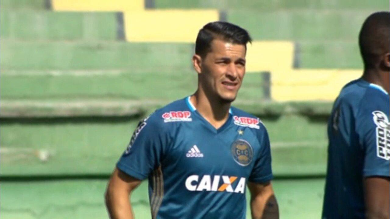 Jonatas Belusso já treina no Coritiba e aguarda regularização para ser anunciado