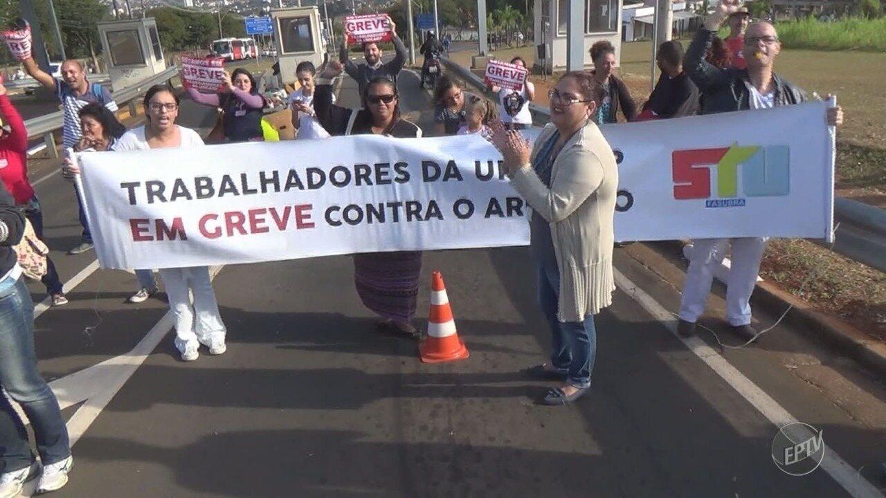Justiça decide multar sindicato dos servidores em R$ 5 mil por bloqueio na Unicamp