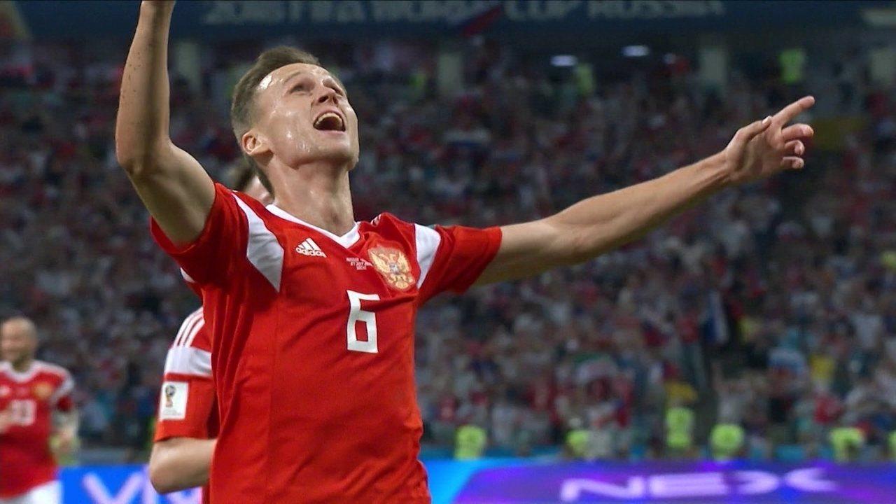 Gol da Rússia! Cheryshev pega de longe e acerta lindo chute, aos 30 do 1º tempo