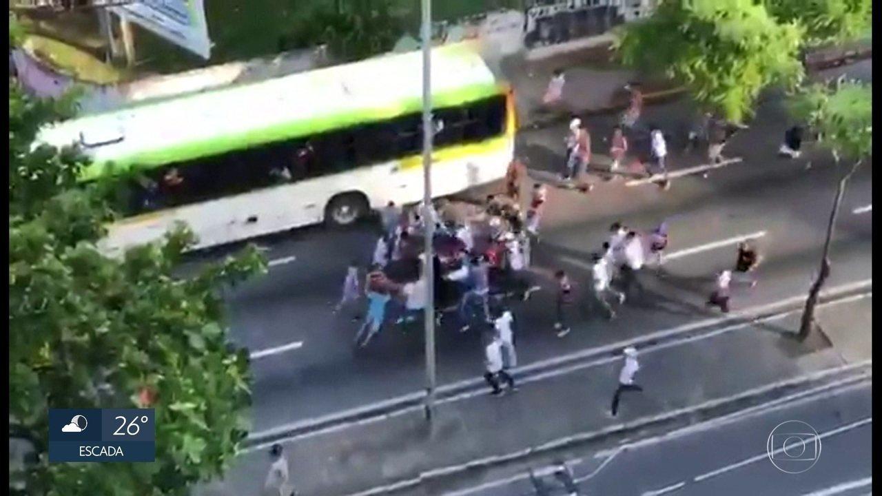 Polícia investiga briga entre torcedores no Recife que deixou três rapazes espancados