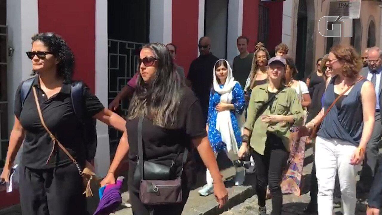 Paquistanesa Malala visita Centro Histórico de Salvador