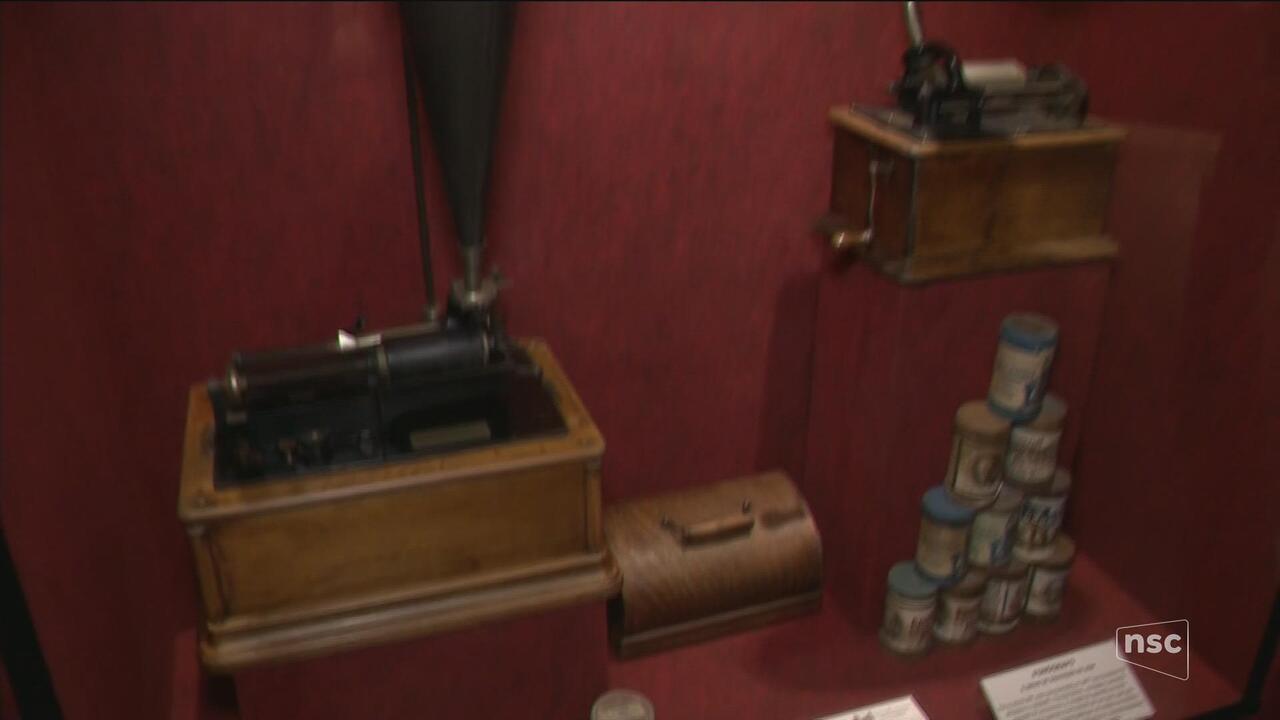 Museu conta a história do cinema e da televisão em Itajaí