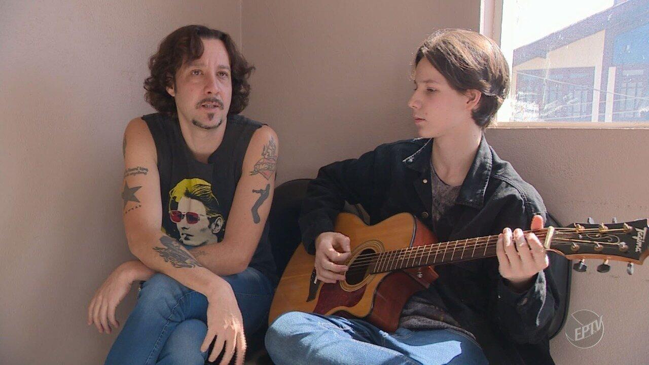 Pai homenageia seu ídolo do rock dando nome de vocalista do Deep Purple ao filho
