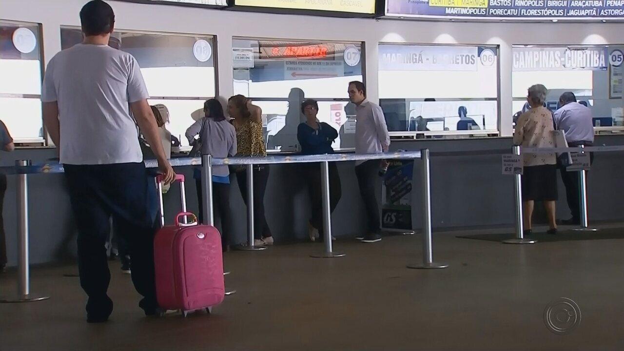 Idosos relatam demora para conseguir passagens de ônibus de graça de Marília