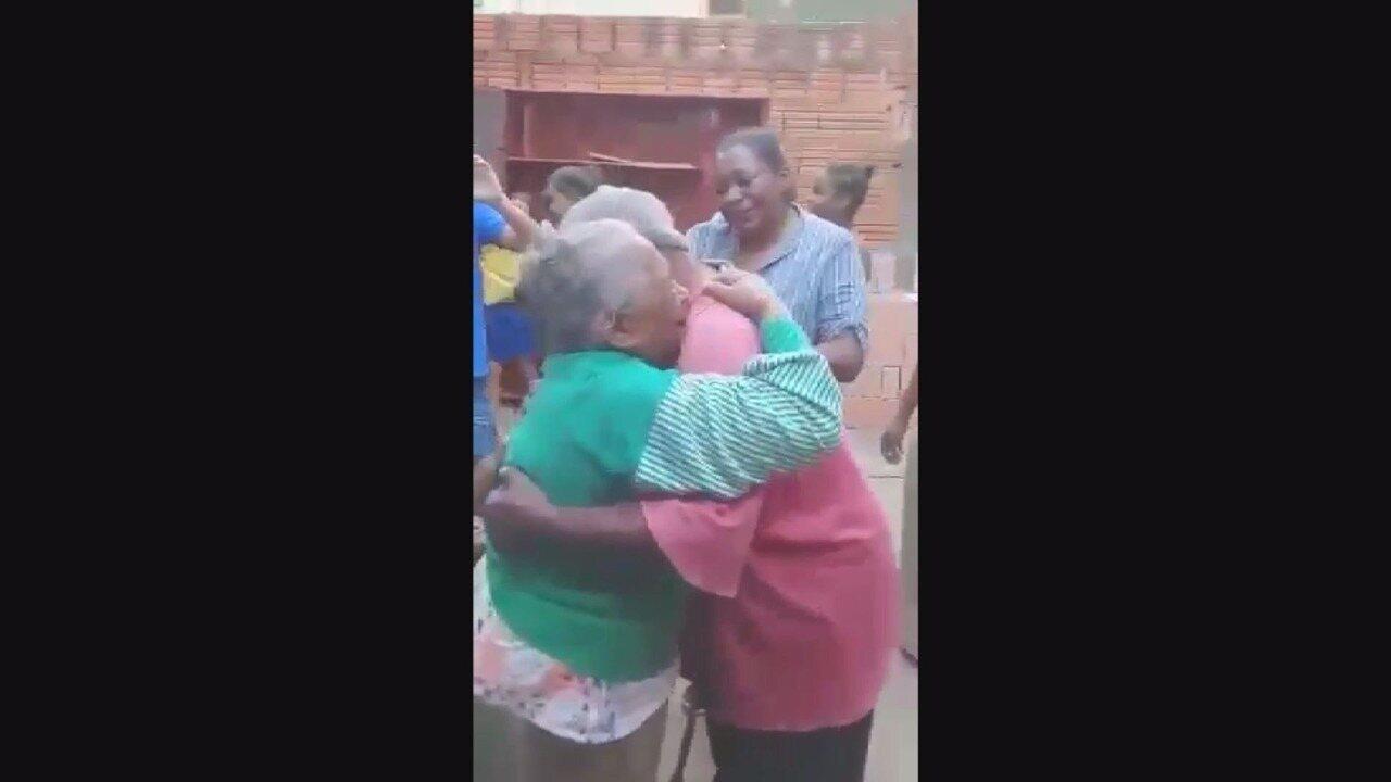 Homem em situação de rua em Campinas reencontra família após 37 anos