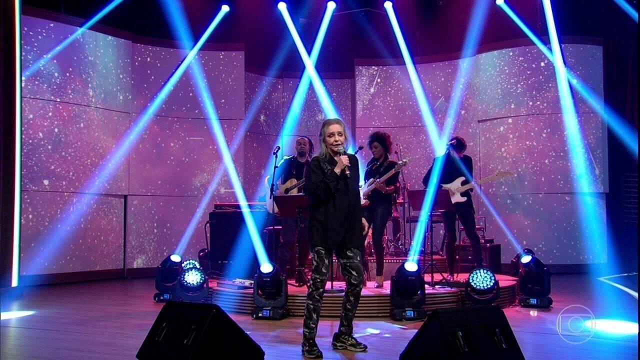 Angela Ro Ro canta