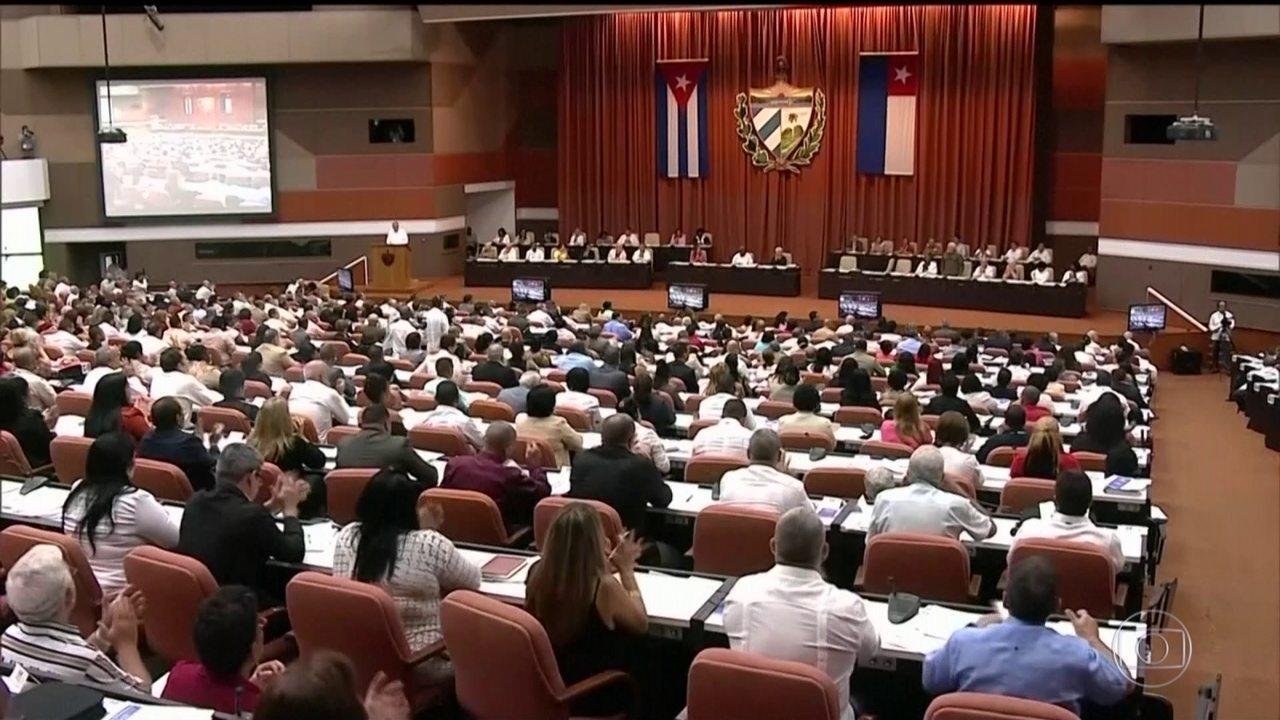 Assembleia Nacional de Cuba vota 224 artigos de nova Constituição