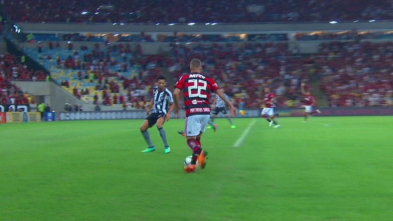 Melhores momentos de Flamengo 2 x 0 Botafogo pela 14ª rodada do Campeonato Brasileiro