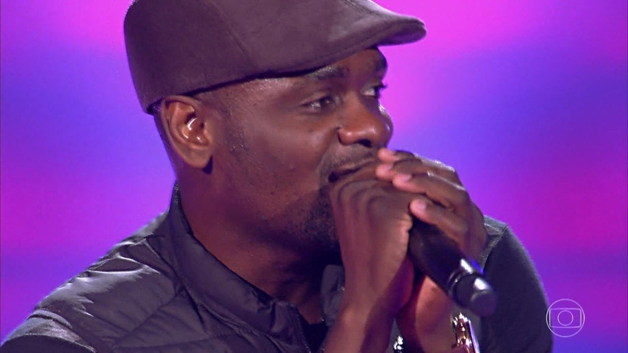 Guipson Pierre canta 'Love Yourself'