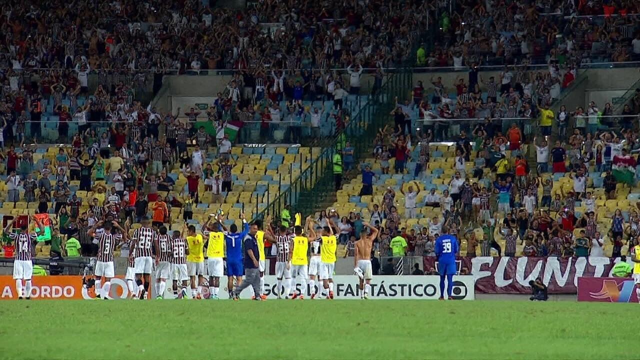 07c74b95ec Jogadores do Fluminense agradecem o apoio da torcida no Maracanã