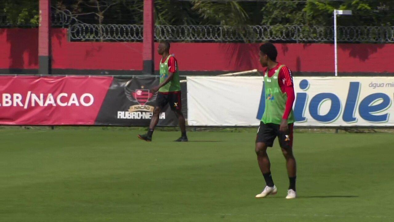 974be96635 Vitinho treina pela primeira vez e fica à disposição de Barbieri no Flamengo