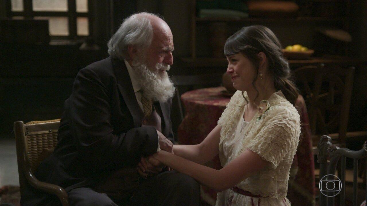 Ema convence o avô a aceitar seu noivado com Ernesto
