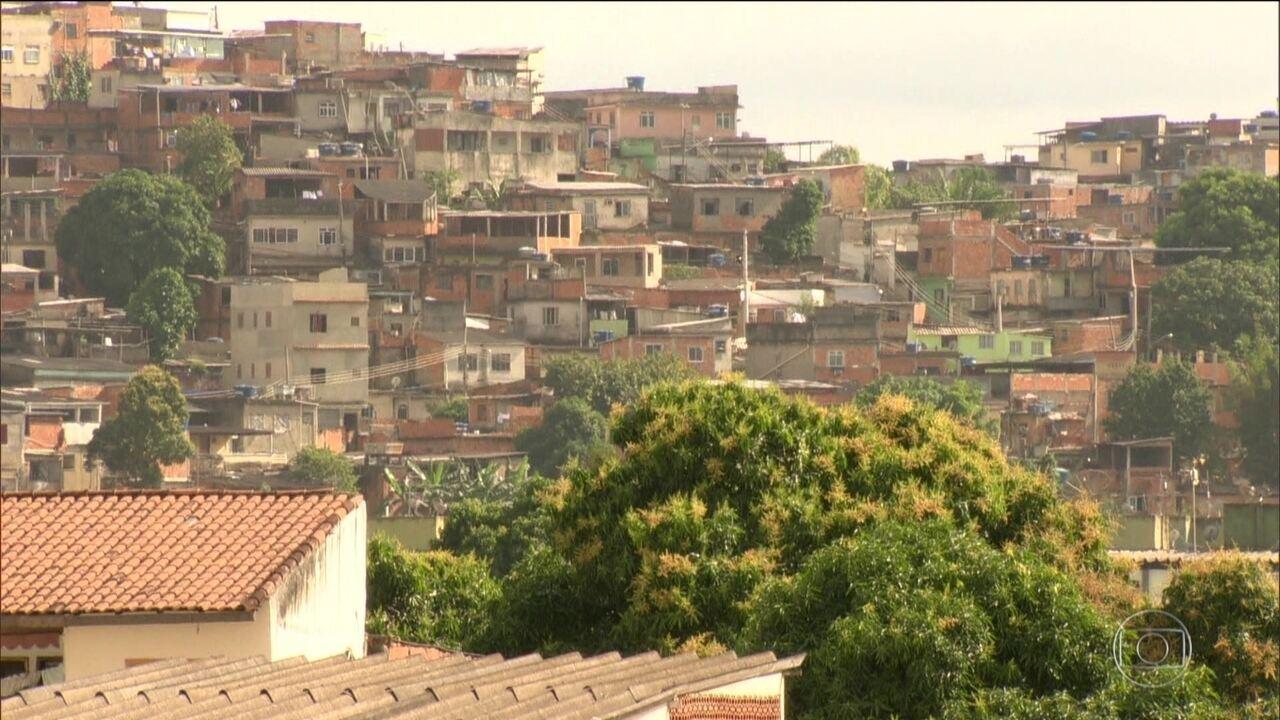 Milícia tenta tomar favela dominada por traficantes na Zona Oeste do Rio