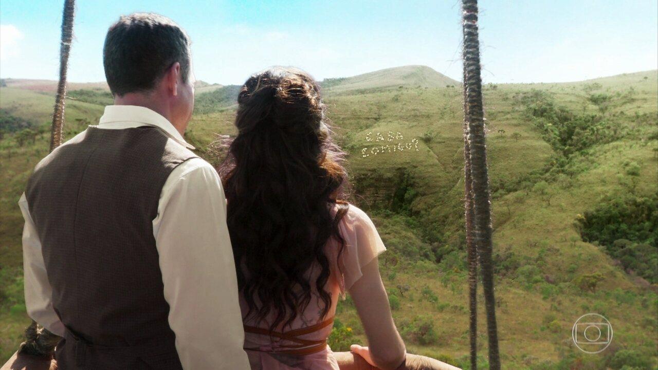 Brandão faz pedido de casamento inusitado para Mariana