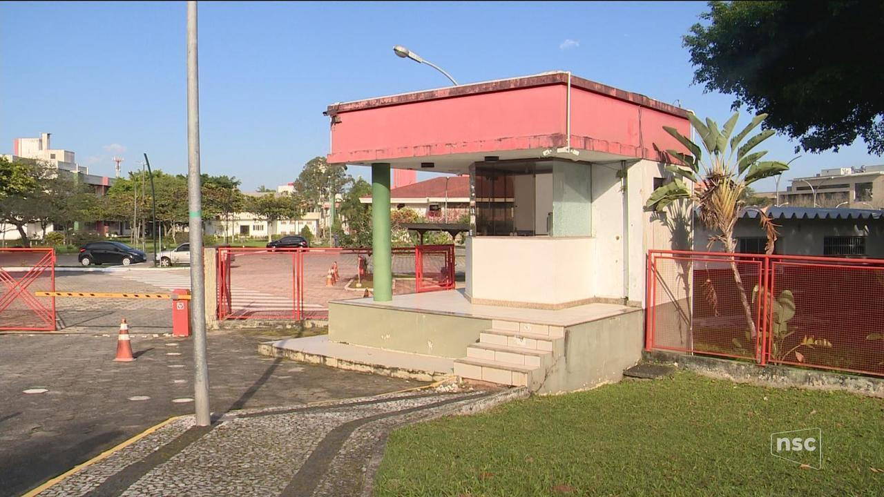 Grande Florianópolis registra mortes de suspeitos, conflitos com a PM e prédios alvejados