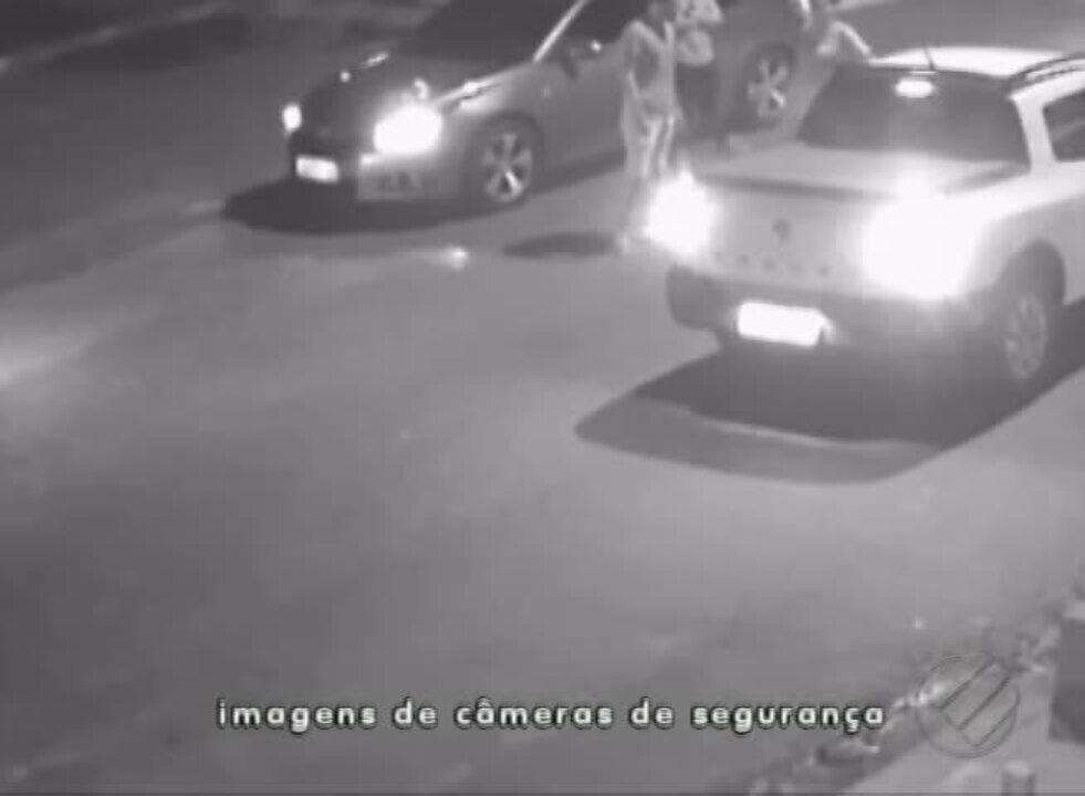 Câmeras de segurança filmam professor de Marabá sendo assassinado