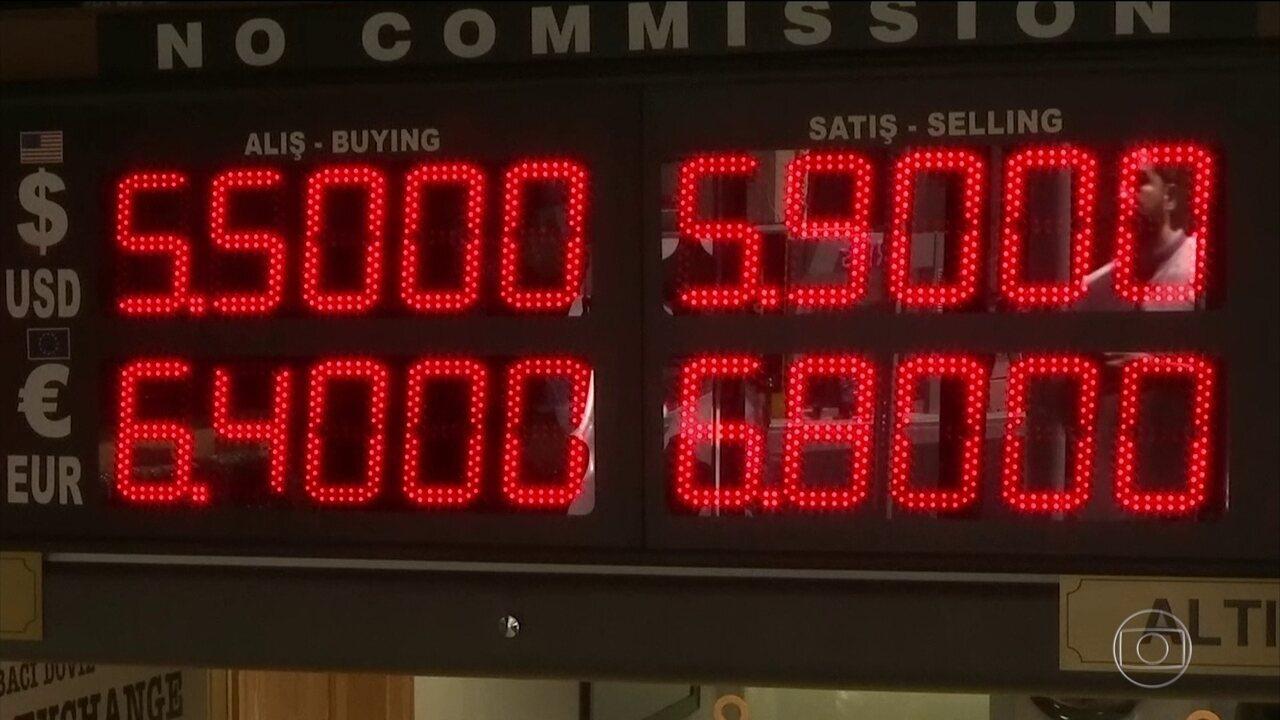 Crise na Turquia derruba bolsas e valoriza dólar