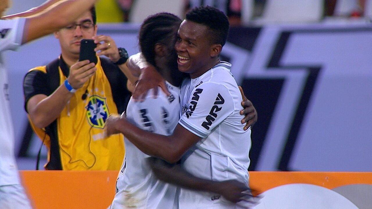 Gol do Atlético-MG! Chará avança pela esquerda e toca para Cazares ampliar 2ddfc82c1ae09