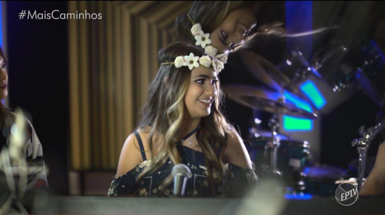 Livia Bernarde é a convidada do musical desse sábado (25)