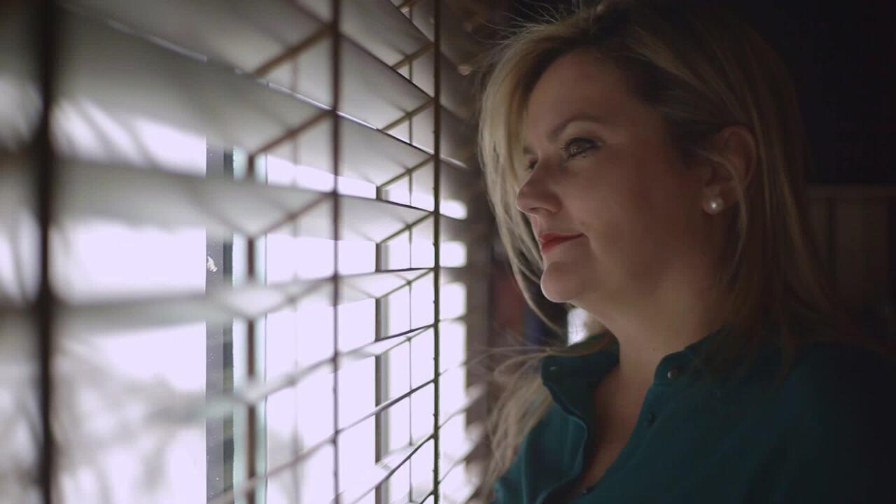 Campanha do novo MGTV traz história de Renata Neiva, ex-apresentadora do jornal