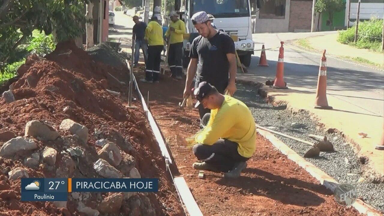 'Até Quando?': Reparos em rua de Piracicaba começa após 6 meses de cobranças