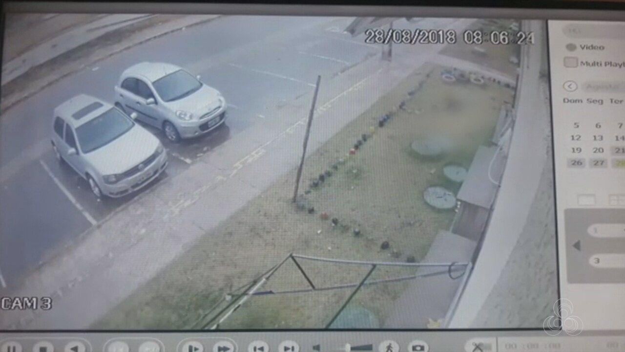 Vídeo mostra menina de cinco anos caindo de prédio em habitacional de Macapá