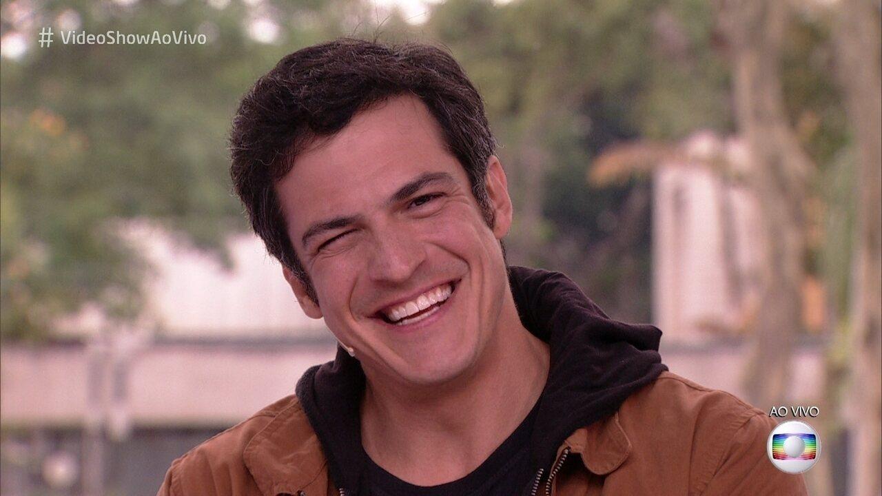 Mateus Solano revisita carreira no 'Meu Vídeo é Um Show'