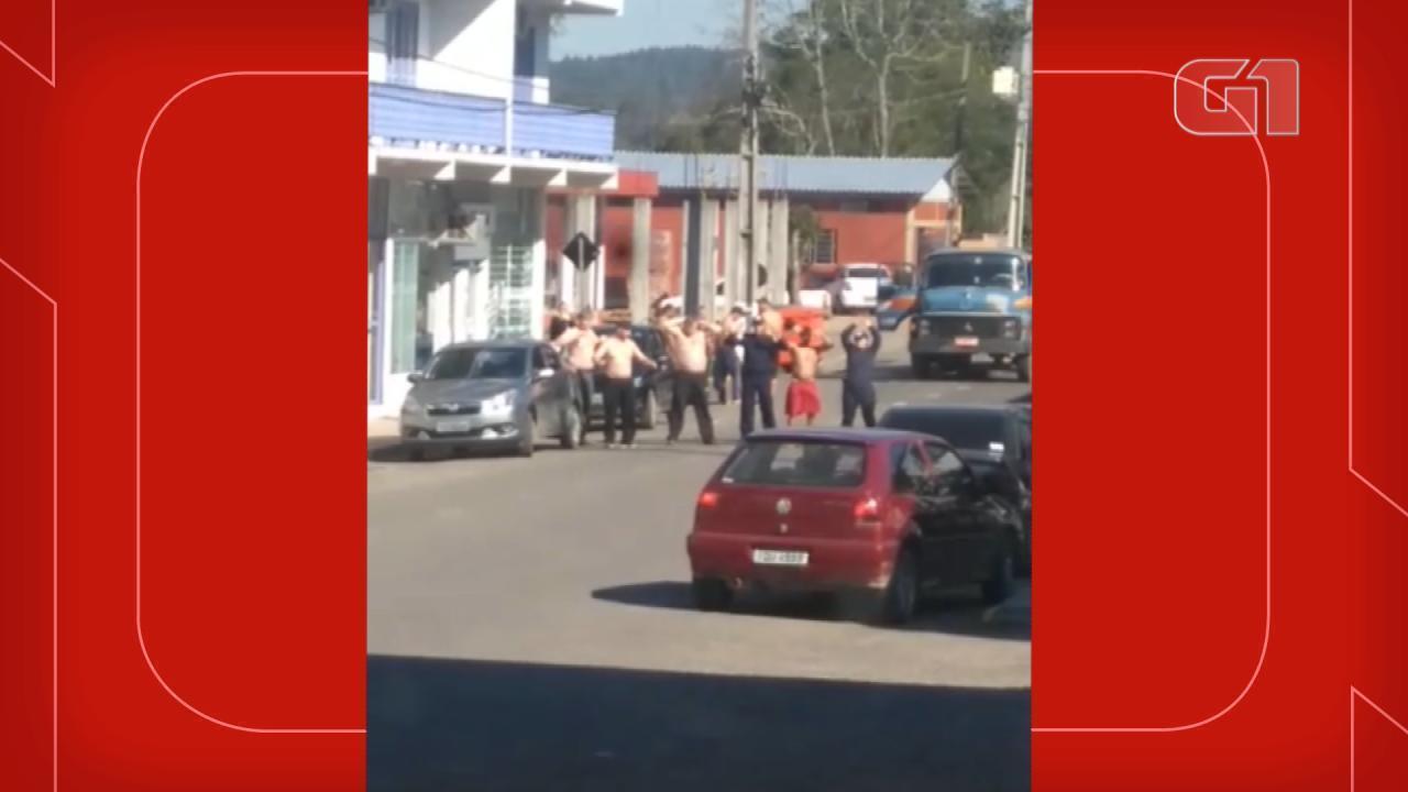 Criminosos fazem cordão humano durante assalto em Boqueirão do Leão