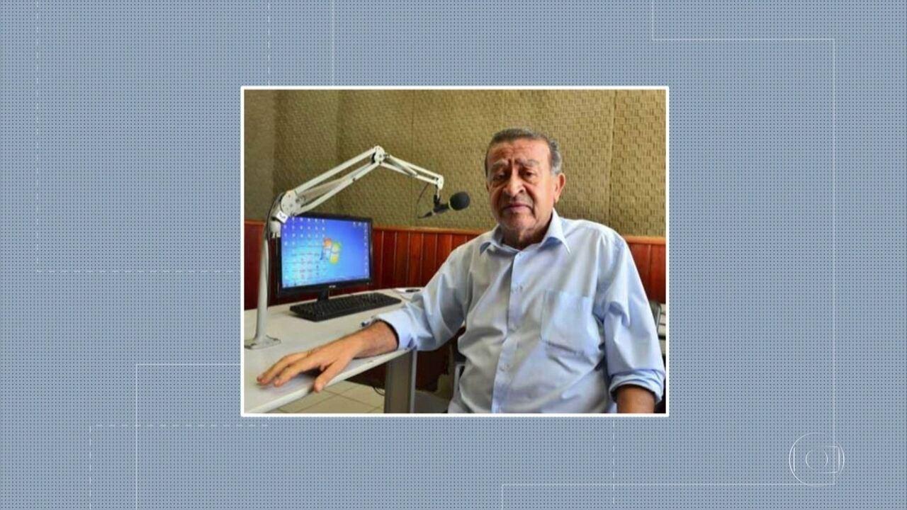Corpo do radialista Edvaldo Morais é enterrado no Recife