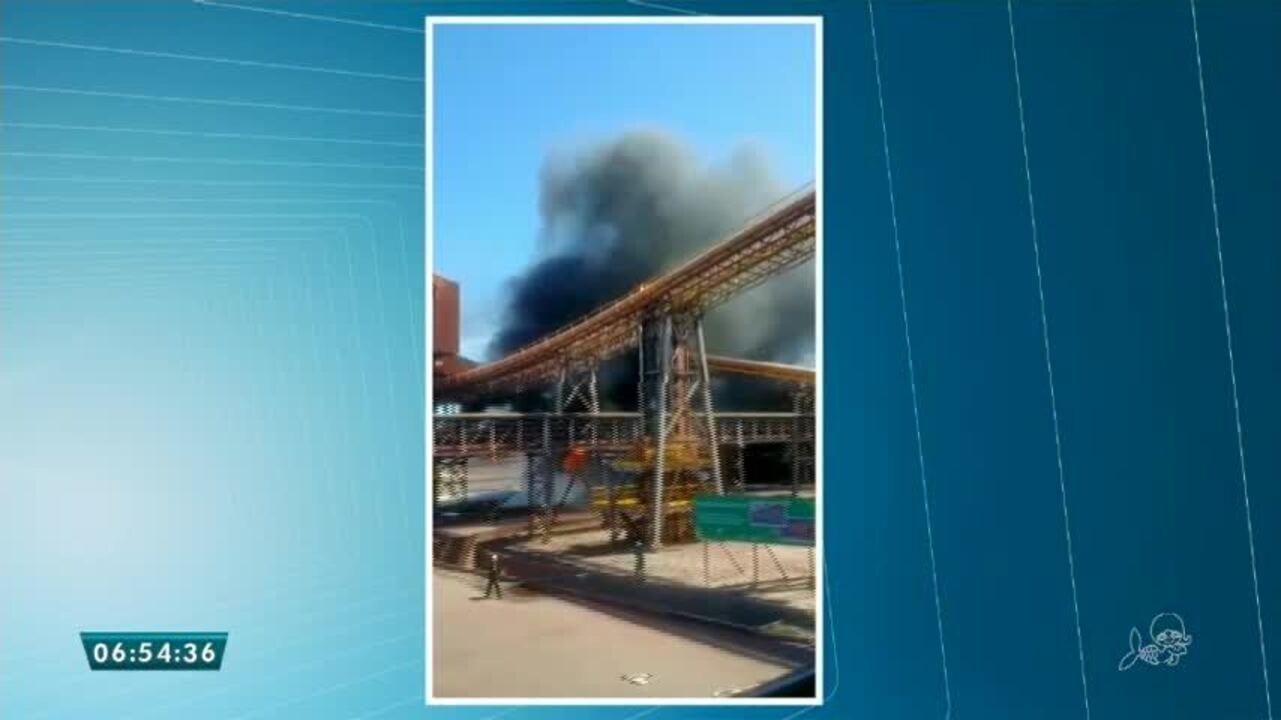 Incêndio é registrado na sede da Companhia Siderúrgica do Pecém