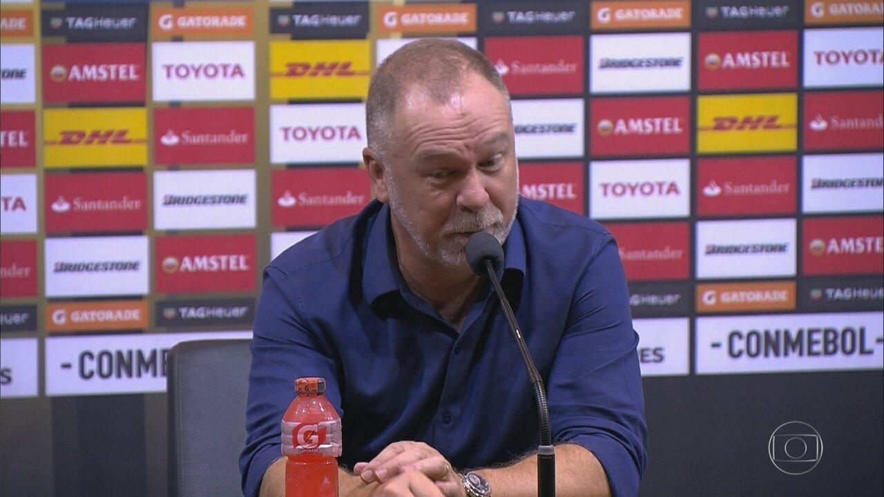 Classificação na Libertadores garantida! Mas nem tudo agradou ao técnico Mano Menezes...