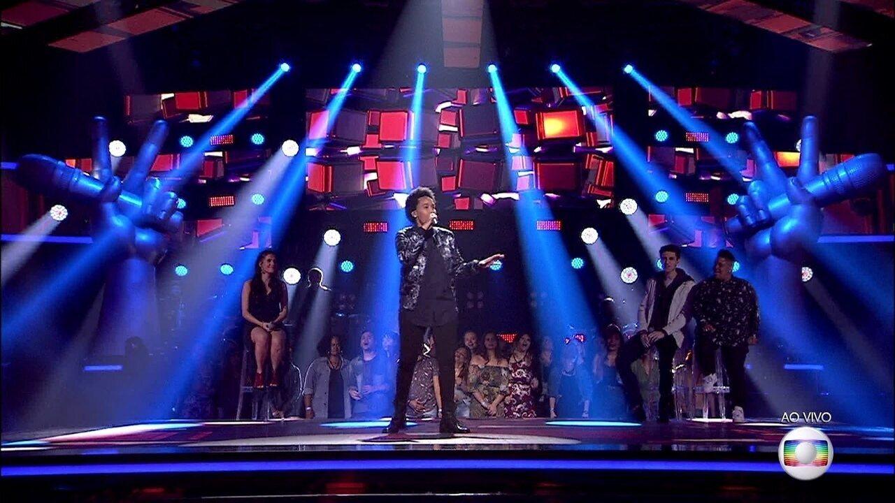 Meggie Santos canta