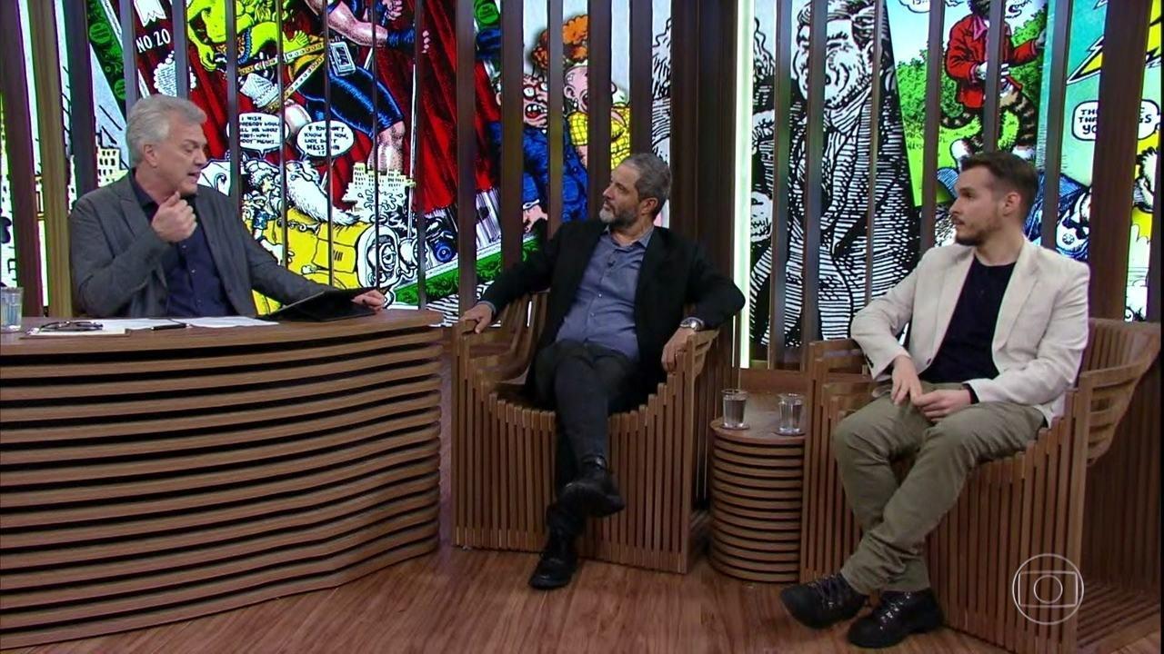 Para comentar a conversa com Crumb, os convidados são Rogério de Campos e Camilo Solano