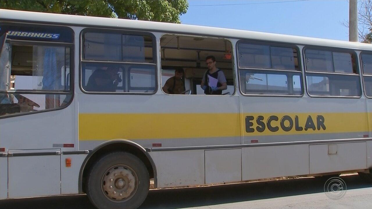 Justiça decreta prisão preventiva contra homem que atacou a ex com facão em ônibus