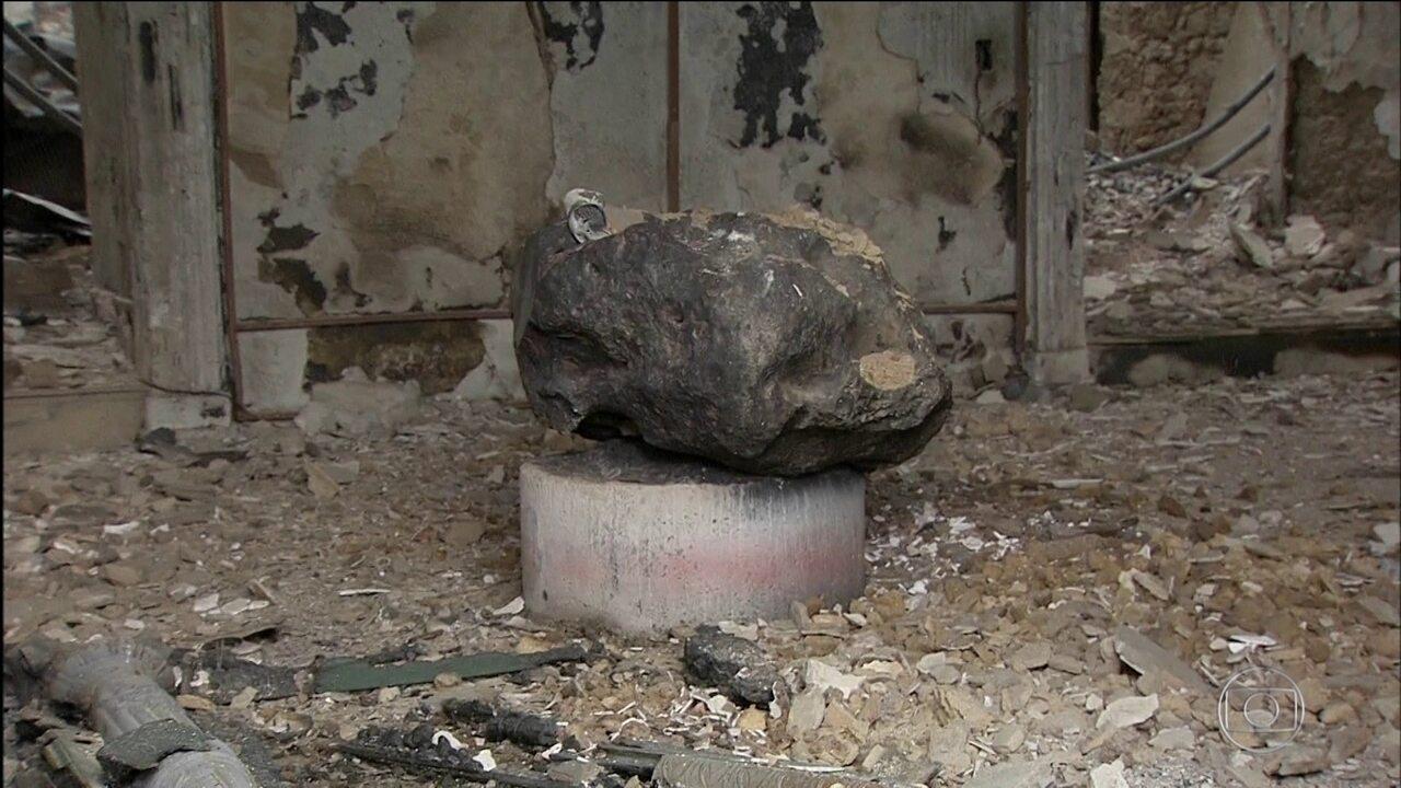 Meteorito resiste ao incêndio no Museu Nacional