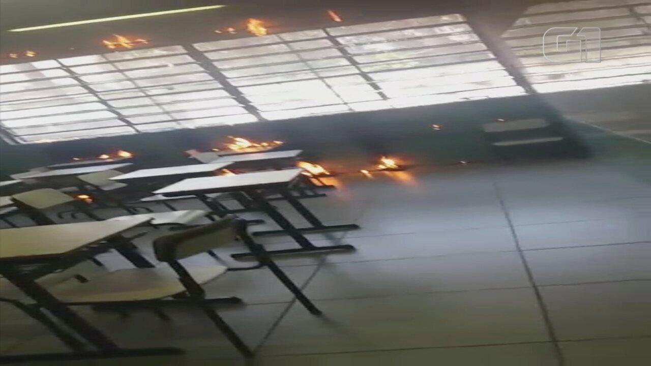 Alunos colocam fogo em cortina de escola em Jundiaí