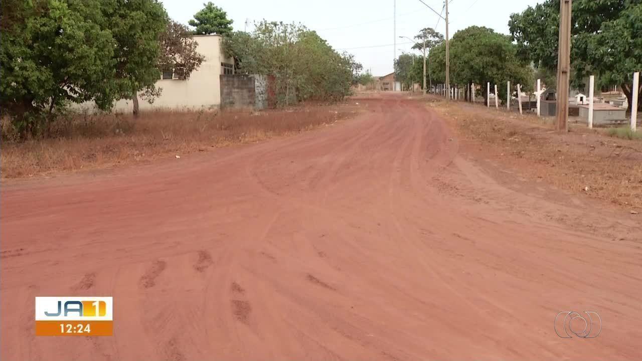 Moradores cobram conclusão de obra de infraestrutura em setores de Palmas