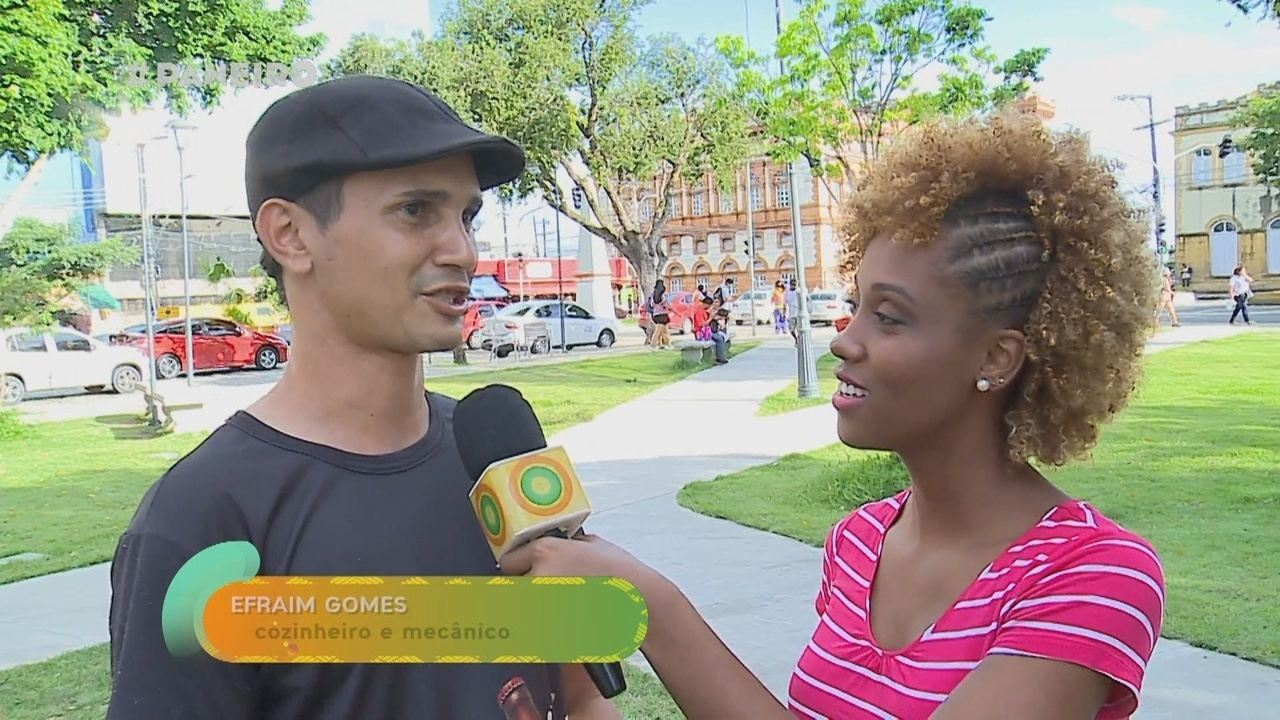 Parte 1: Jaque Santtos vai às ruas montar a playlist da faxina