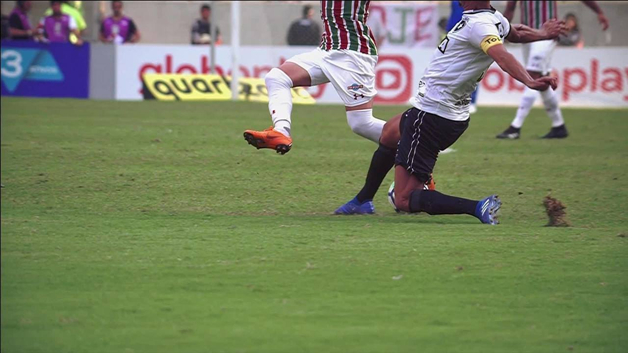 d4cae2b88b Maracanã será interditado para reparo do gramado  só Fluminense será ...