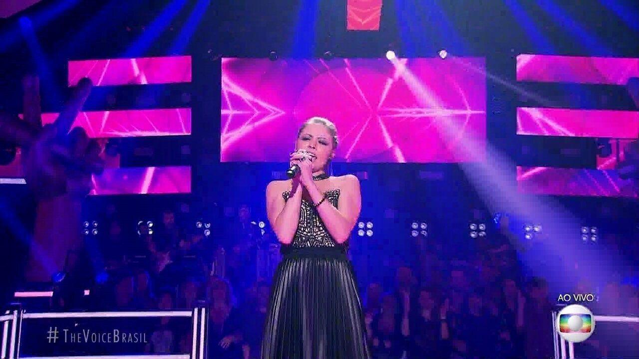 Marine Lima canta