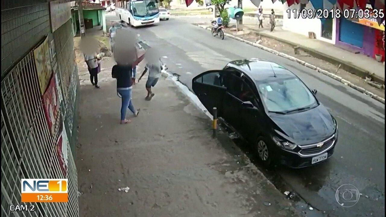 Vídeos flagram assaltos à mão armada no Recife