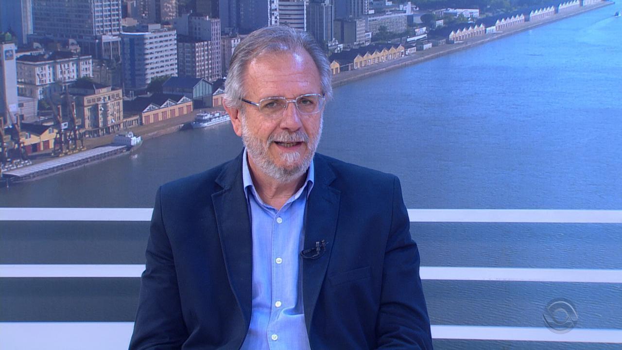 Miguel Rossetto, candidato ao governo do RS, é entrevistado no Jornal do Almoço