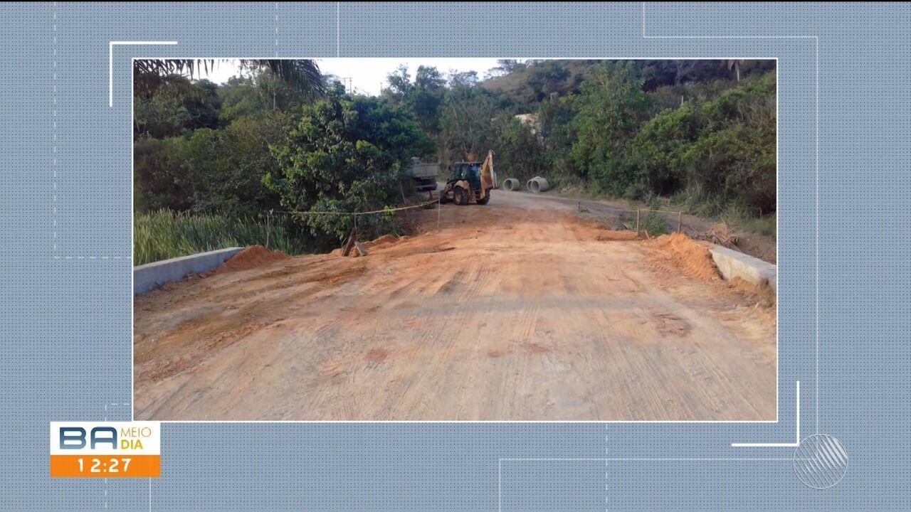 Ponte é refeita após protesto de moradores em Itamaraju, no sul do estado