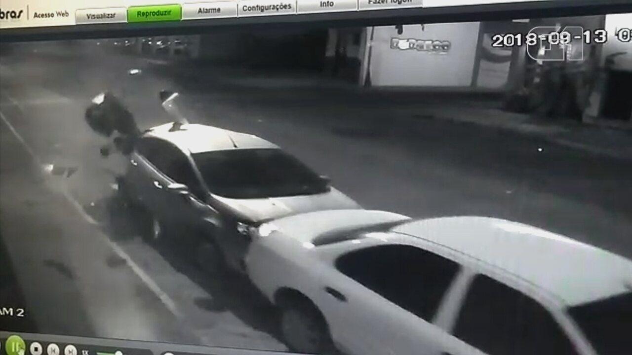 Câmera de segurança registra acidente de moto que matou rapaz em Araçatuba