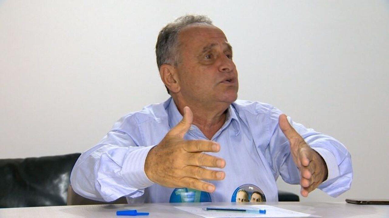 Carlos Manato fala sobre mobilidade urbana em dia de campanha no ES