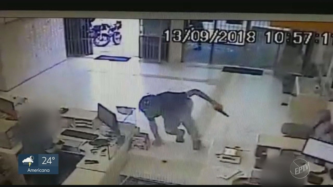 Dupla armada rouba agência dos Correios em Pedreira