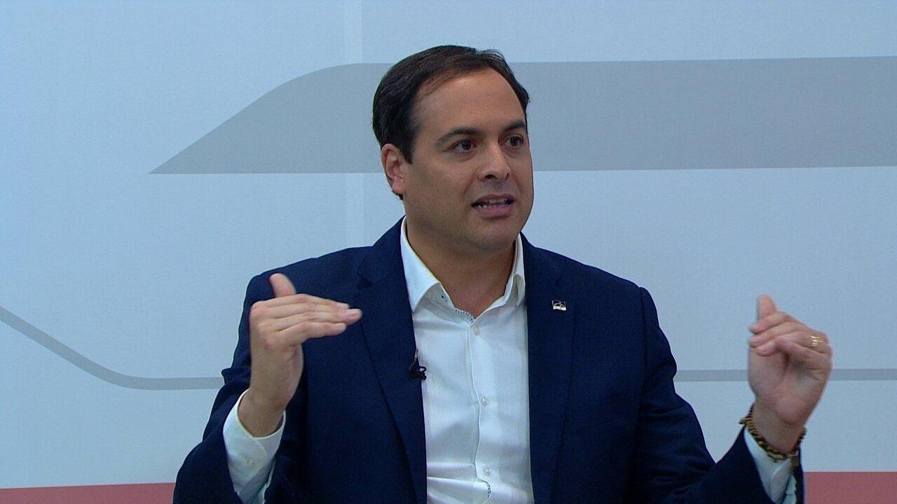 Paulo Câmara fala sobre a política de reajuste da tarifa do transporte público em PE