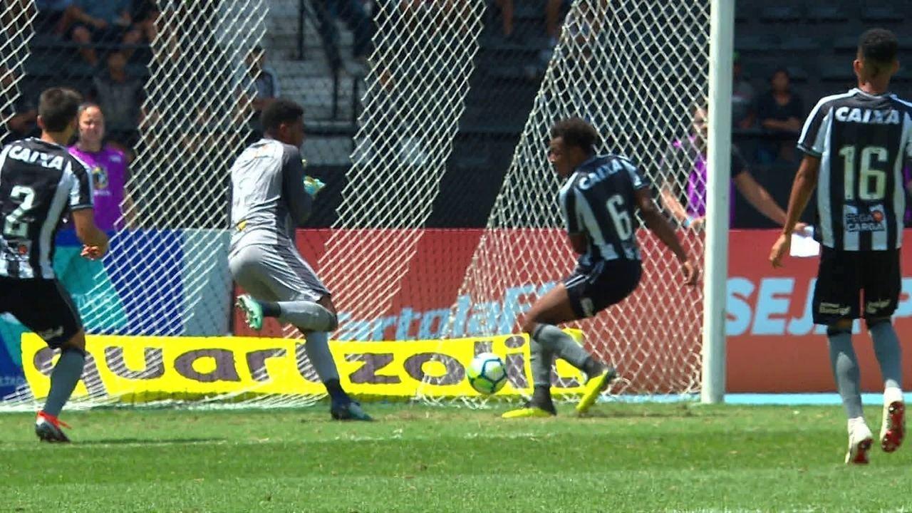 0c50a12b8adfa Os melhores momentos de Botafogo 1 x 0 América-MG pela 25ª rodada do  Campeonato